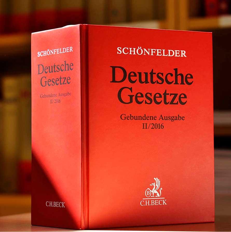 Buch Schönfelder mit dem Titel Deutsche Gesetze in gebundener Ausgabe